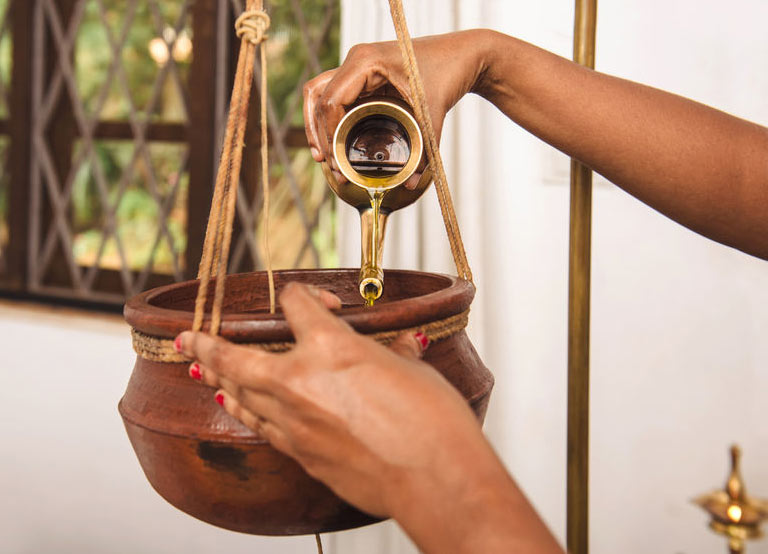 How Ayurveda Works. shirodhara-2-fw
